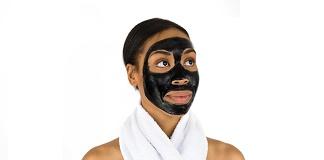 Maska od aktivnog ugljena
